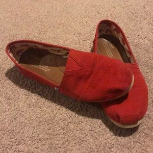 Tom's Classic Red Shoes